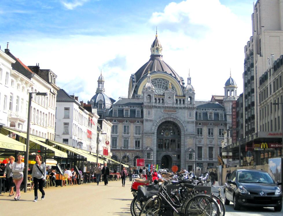 Bahnhof in Antwerpen