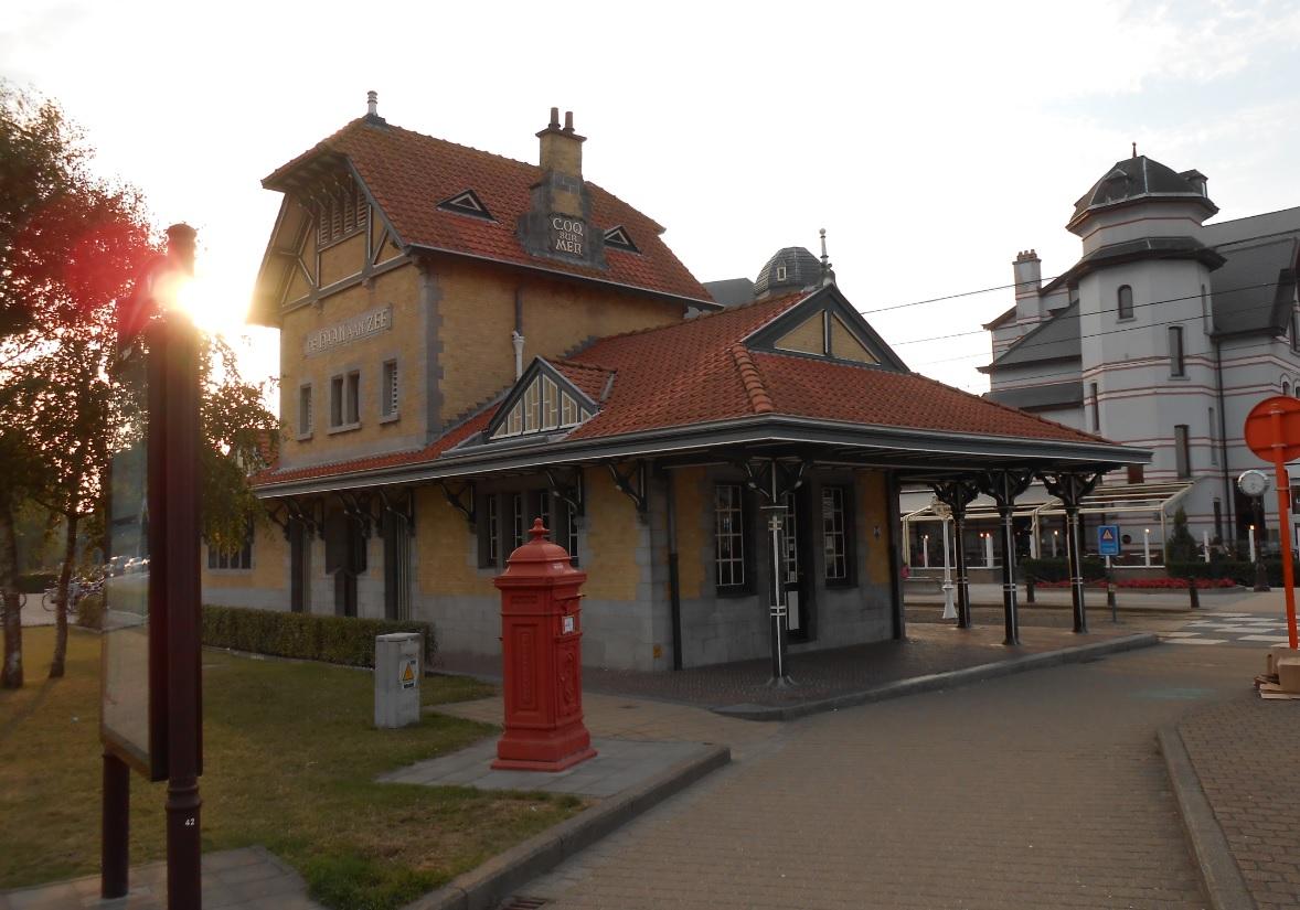 Bahnhof in De Haan (Belgien)