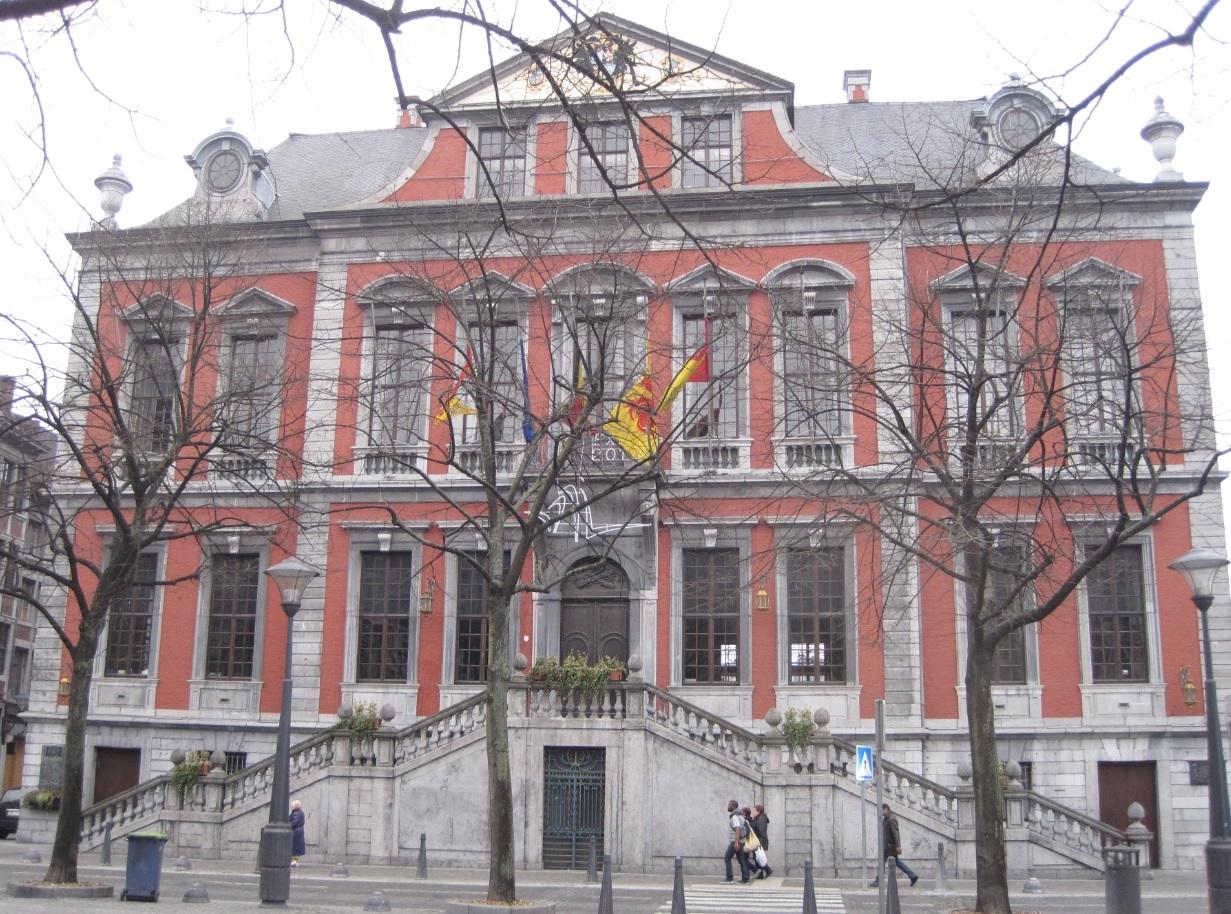Rathaus in Liege Belgien