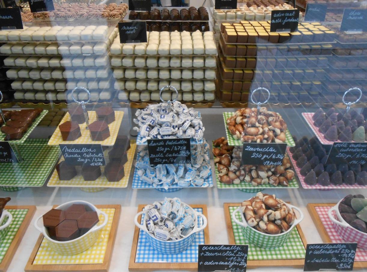 Schaufenster mit belgischen Pralinen