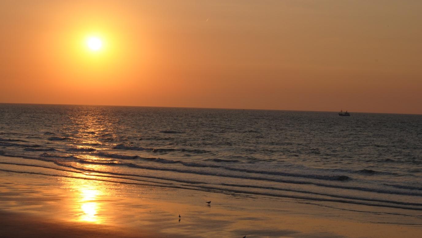 Sonnenuntergang an der belgischen Küste